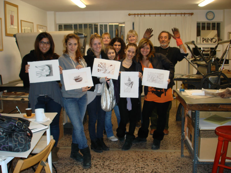 "Psychiko CollegeI.B. Visual Arts studentsvisit to ""The Athens Printmaking Centre"""